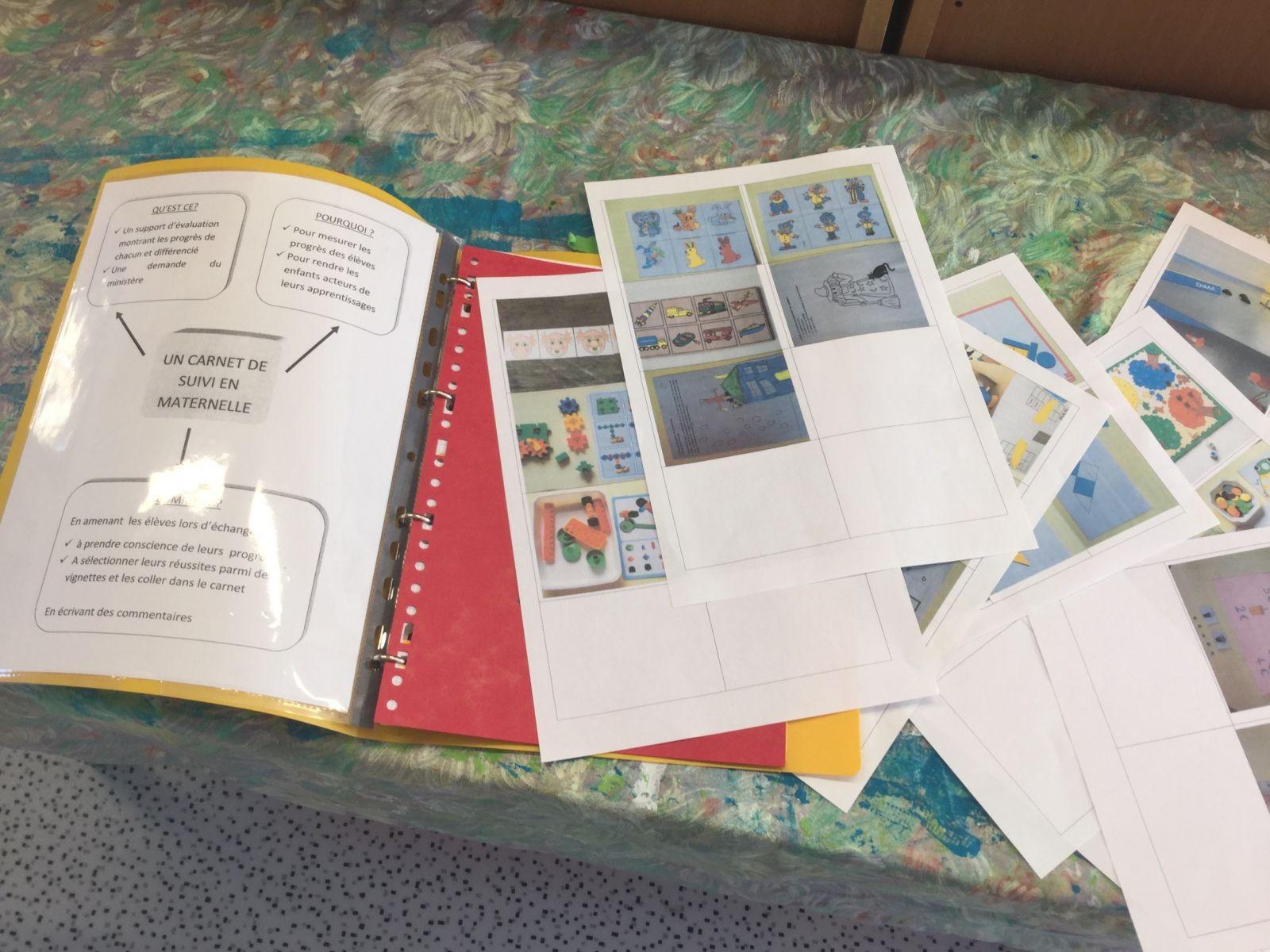 En maternelle, des élèves qui participent à leur évaluation